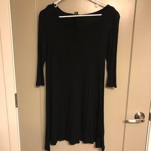 Black quarter sleeve dress